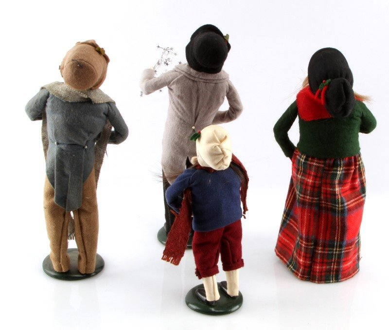 LOT OF FOUR BYERS CHOICE THE CAROLERS DOLLS - 4