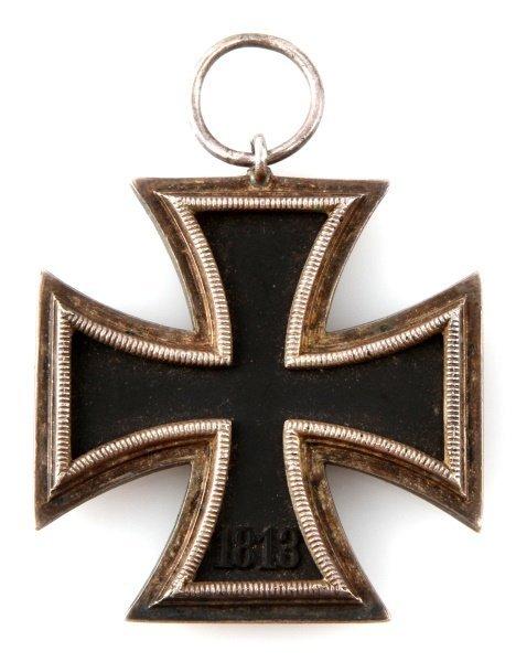 WWII GERMAN THIRD REICH IRON CROSS SECOND CLASS - 2