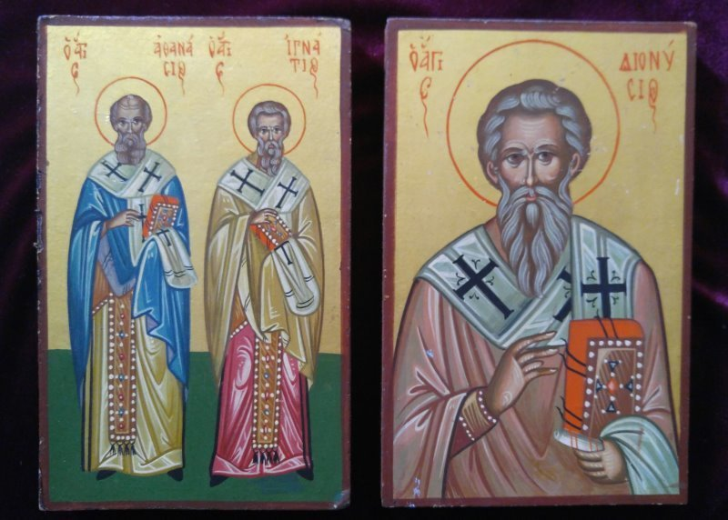 A PAIR OF GREEK ICONS OF SELECTED SAINTS
