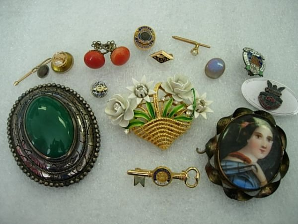 10170: VINTAGE JEWELRY SILVER GOLD OPAL MORE