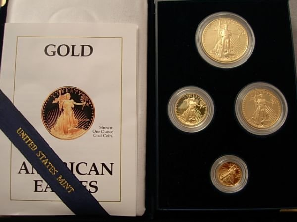 10316: 1990 US GOLD BULLION 4 COIN PROOF EAGLE MINT SET