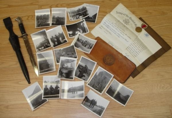 10267: WWII GERMAN CAPTURED BAYONET PHOTO MEDAL NAMED L