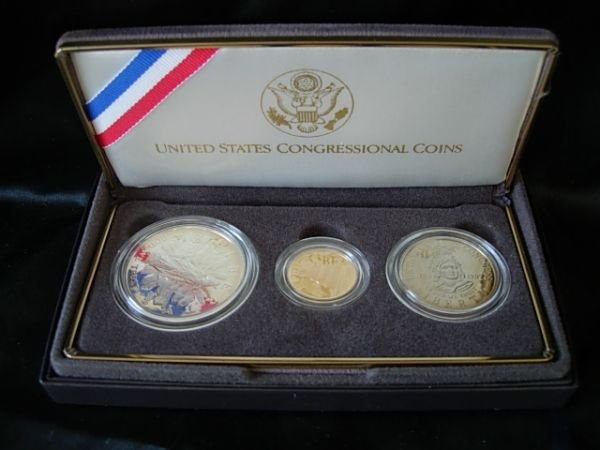 10269: 1989 CONGRESSIONAL COINS COMMEMORATIVE GOLD SET