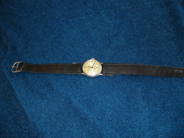 13: WWII GERMAN WATCH SUNGHANS EAGLE BACKMARK REPLACED