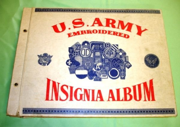 163: WWII US ARMY COMPLETE INSIGNIA PATCH BOOK RARE