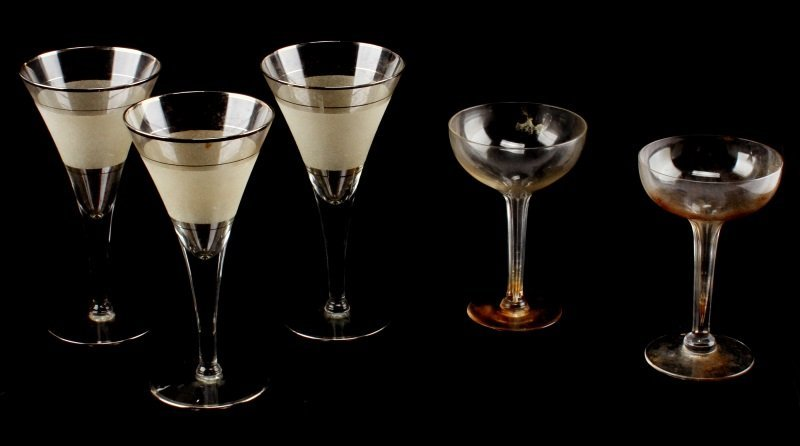 5 PIECE LOT OF COCKTAIL GLASSES MARTINI & CORDIAL