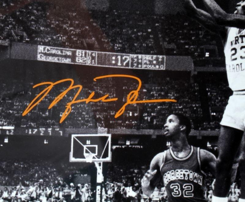 MICHEAL JORDON 1982 NCAA CHAMPIONSHIP SIGNED PHOTO - 3