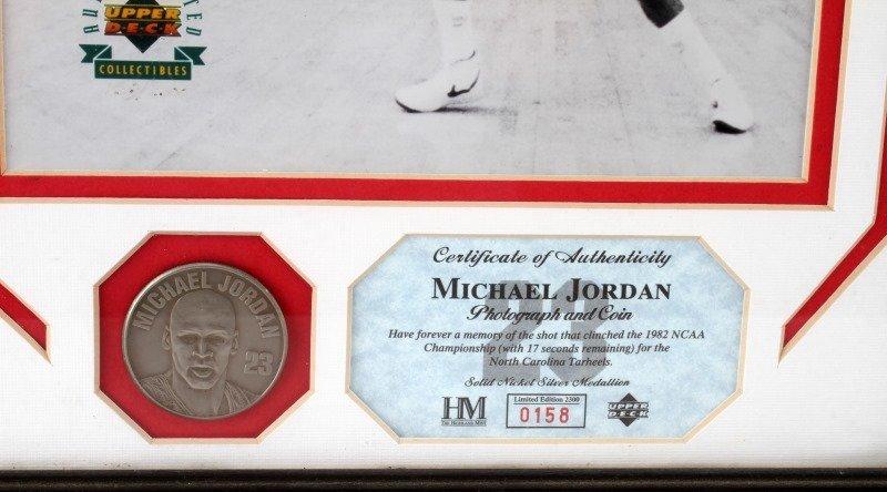 MICHEAL JORDON 1982 NCAA CHAMPIONSHIP SIGNED PHOTO - 4