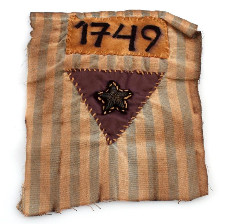 CONCENTRATION CAMP TRIANGLE AND NUMBER CLOTH