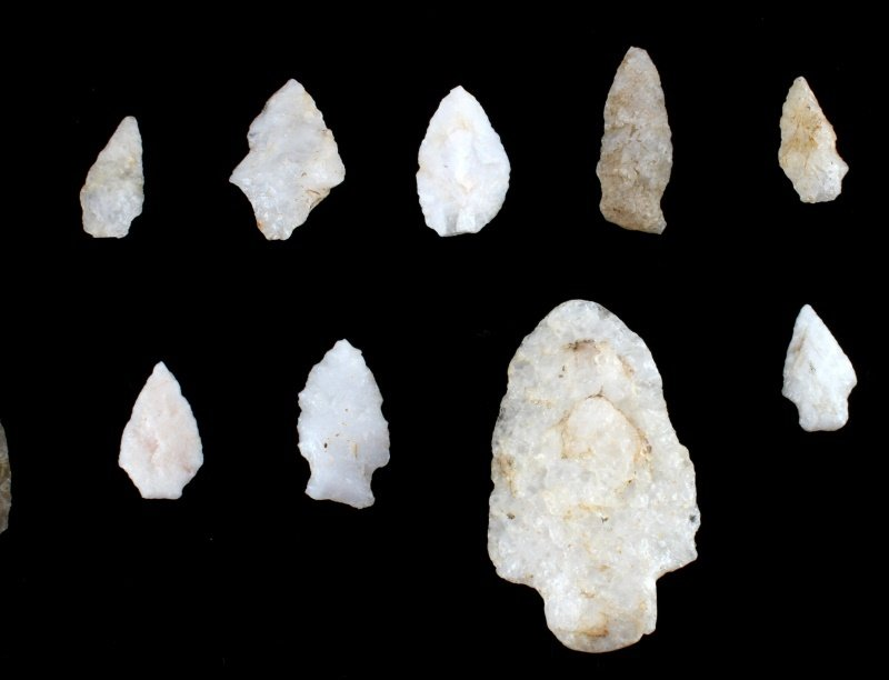 QUARTZ ARROWHEAD LOT LARGE SPEAR KNIFE & POINTS - 4