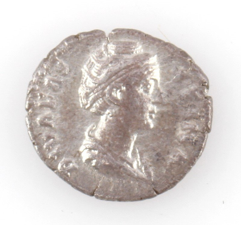 SILVER ROMAN DENARIUS FAUSTINA SECOND CENTURY VF