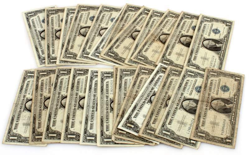 LOT OF 28 SILVER CERTIFICATES $1 BLUE SEAL