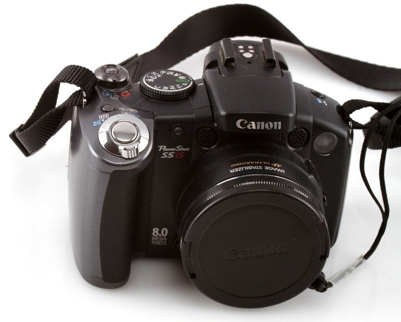 CANON S5 IS POWERSHOT 8-MEGAPIXEL 12X OPTICAL ZOOM - 2