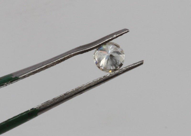 ROUND BRILLIANT CUT .32 CARAT LOOSE DIAMOND - 6