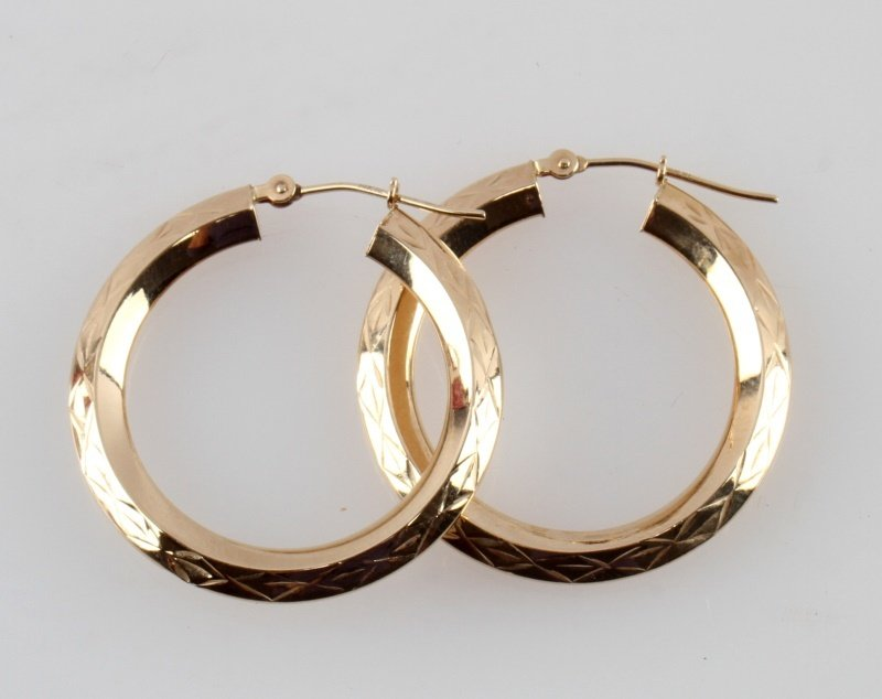 LADIES 14 KARAT YELLOW GOLD  HOOP EARRINGS 29MM