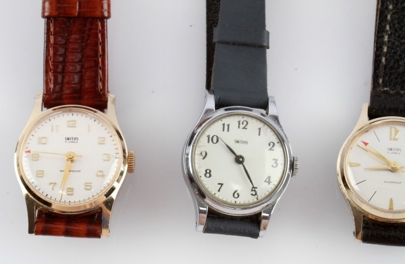 LOT OF FOUR VINTAGE SMITHS MECHANICAL WATCHES - 2