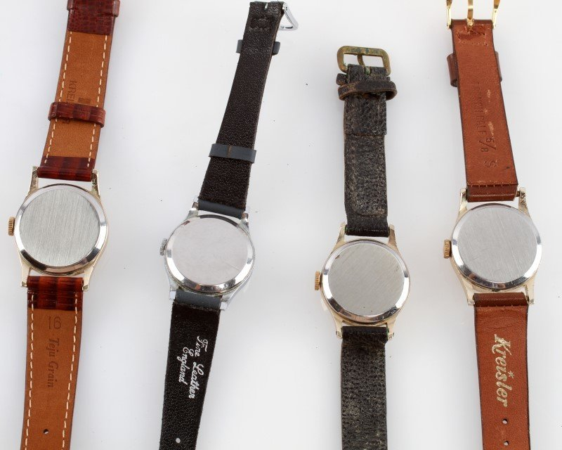 LOT OF FOUR VINTAGE SMITHS MECHANICAL WATCHES - 5