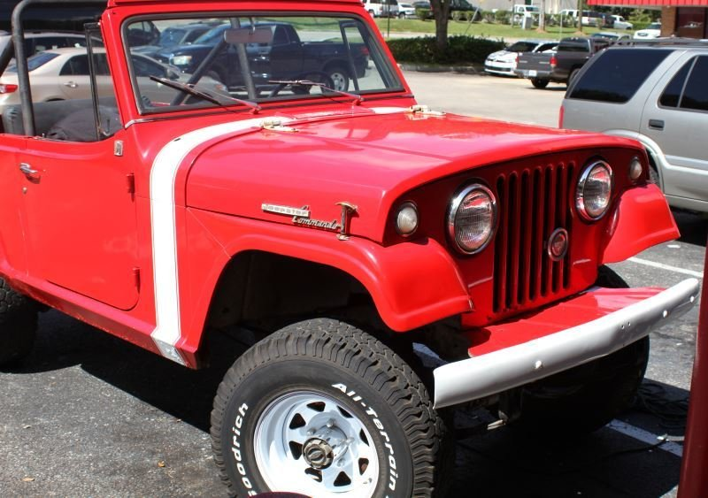 1969 JEEP JEEPSTER COMMANDO 3 SPD 4 X 4 - 4