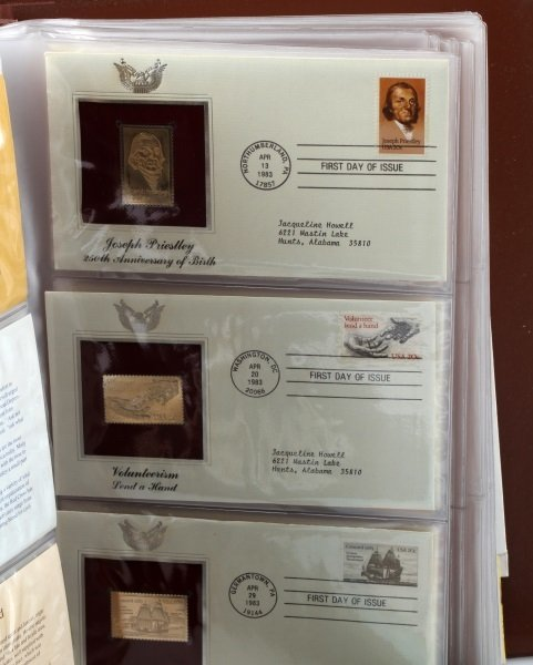 GOLDEN REPLICA OF US STAMPS & ROYAL INT COLLECTION - 2