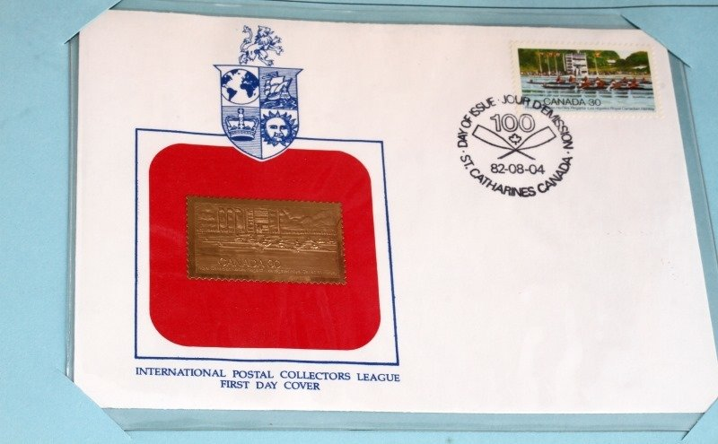 GOLDEN REPLICA OF US STAMPS & ROYAL INT COLLECTION - 4