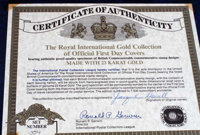 GOLDEN REPLICA OF US STAMPS & ROYAL INT COLLECTION - 5