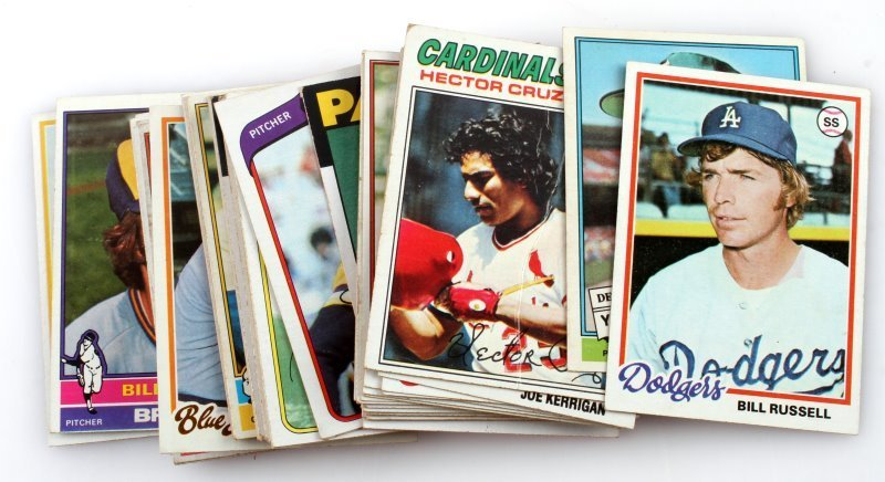 50 CARD LOT ASSORTED PRO MLB TRADING CARDS