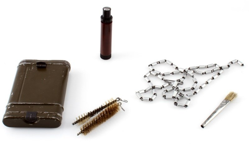 GERMAN WWII-ERA COMPLETE K98 MAUSER CLEANING KIT