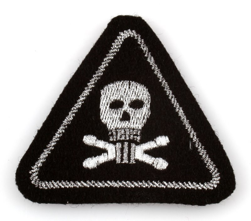 WWII GERMAN THIRD REICH SS DEATH HEAD SLEEVE PATCH