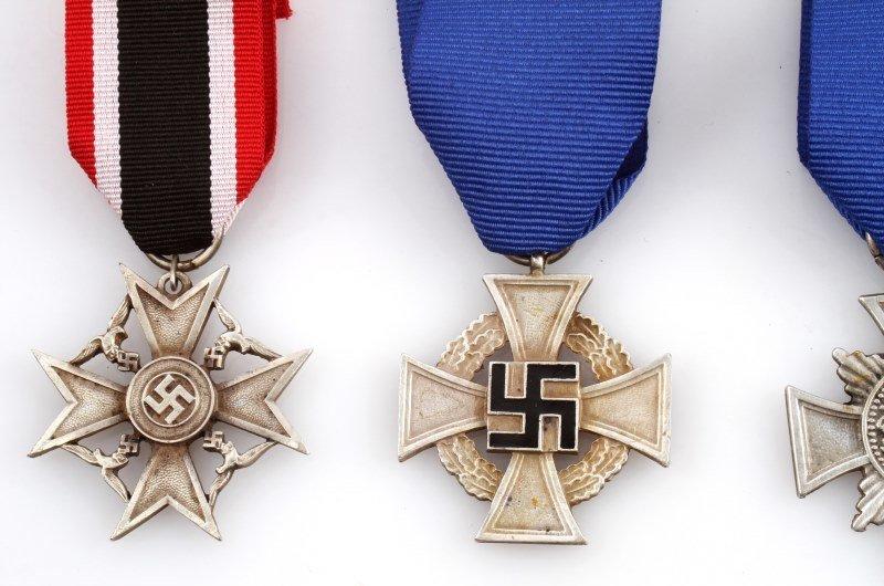4 GERMAN WWII THIRD REICH CROSSES - 2