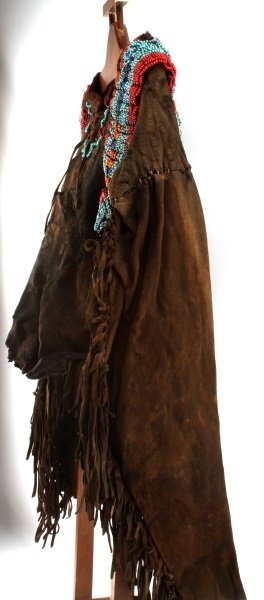 19TH CENTURY PLAINS INDIAN WAR SHIRT - 3