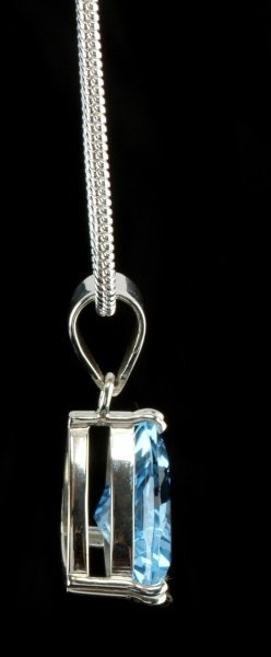 18.05 CT BLUE TOPAZ PENDANT WITH SILVER NECKLACE - 5