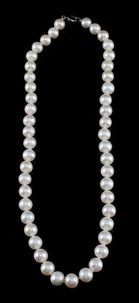 WHITE CREAM PEARL NECKLACE 9-10MM SILVER CLASP