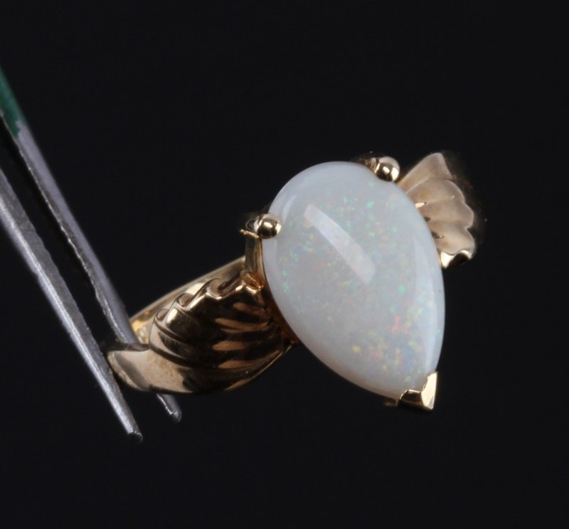 10 KT YELLOW GOLD RING WITH OPAL STONE - 2