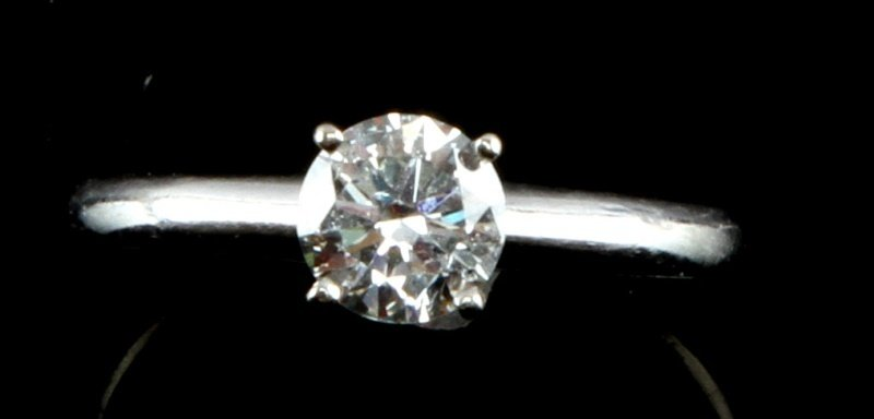 14 K WHITE GOLD SOLITAIRE ROUND .7 CT SIZE 6