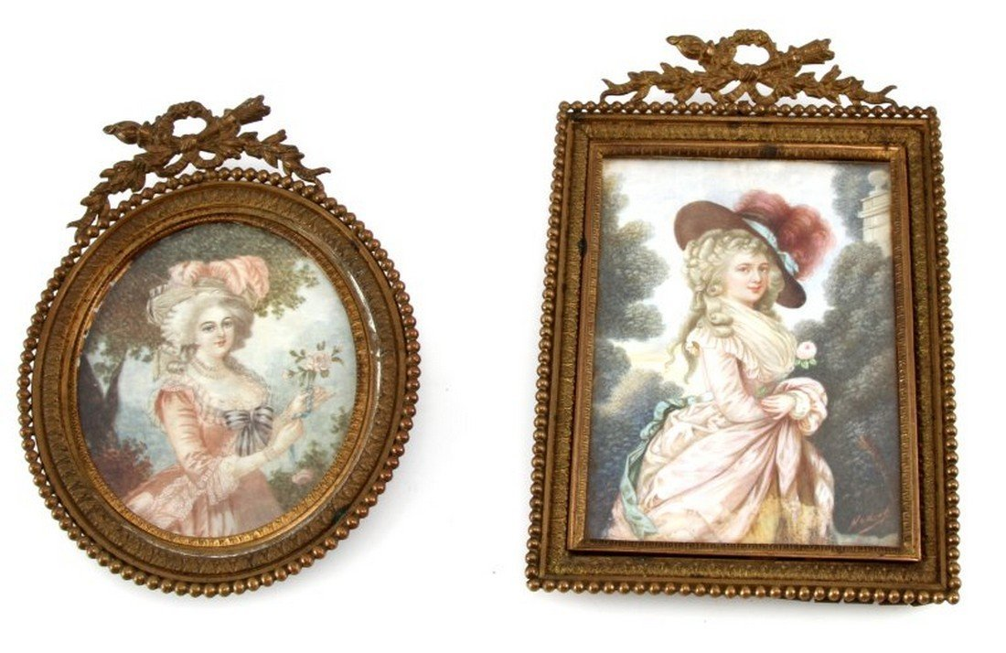 LOT OF 2 VINTAGE MINIATURE PORTRAITS IN BRASS