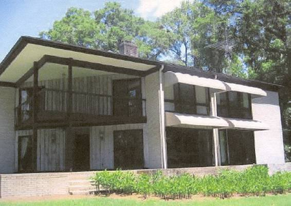 91501: 4370 Sqft. Home on 5.63 Acres in Tallahassee Flo