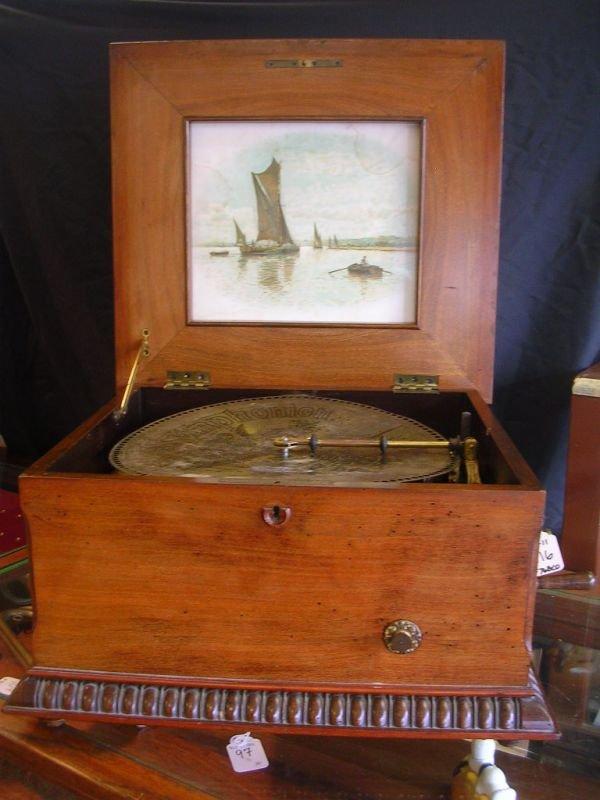"116: ANTIQUE SYMPHONION 13 1/4"" DISC MUSIC BOX WORKING"