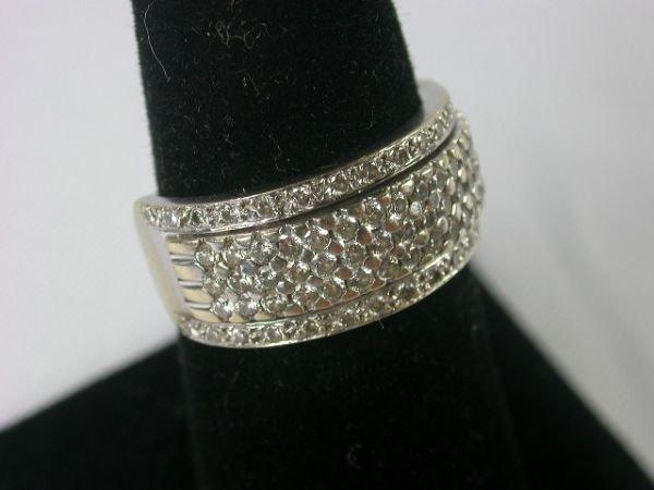 83: 18KT WHITE GOLD & DIAMONDS RING WEDDING BEND