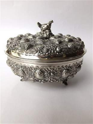 Beautiful Italian 800. Fine Silver Strawberry Pot 1900