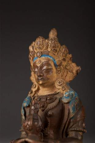 Antique Chinese Gilded Bronze Buddha