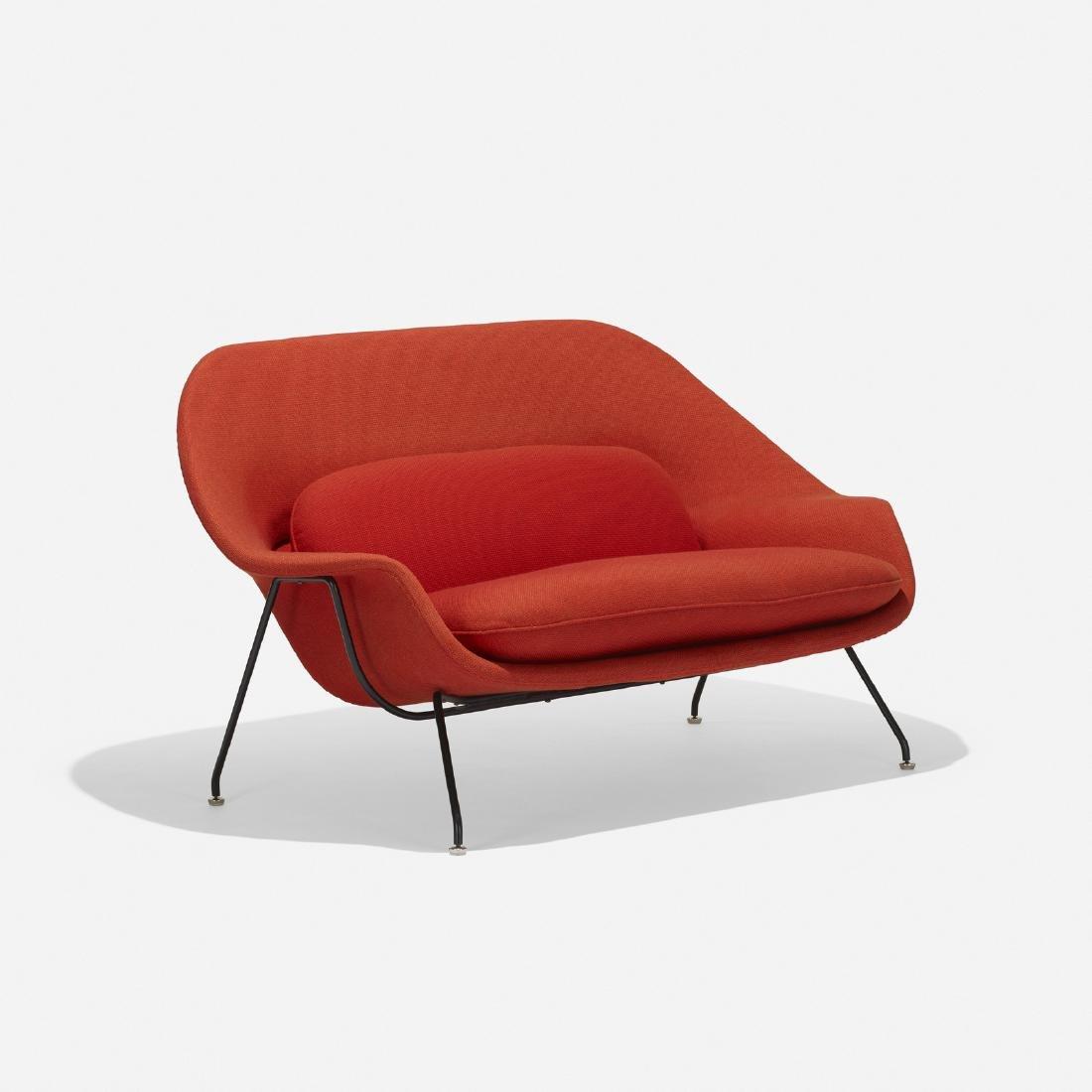 Eero Saarinen, Womb settee