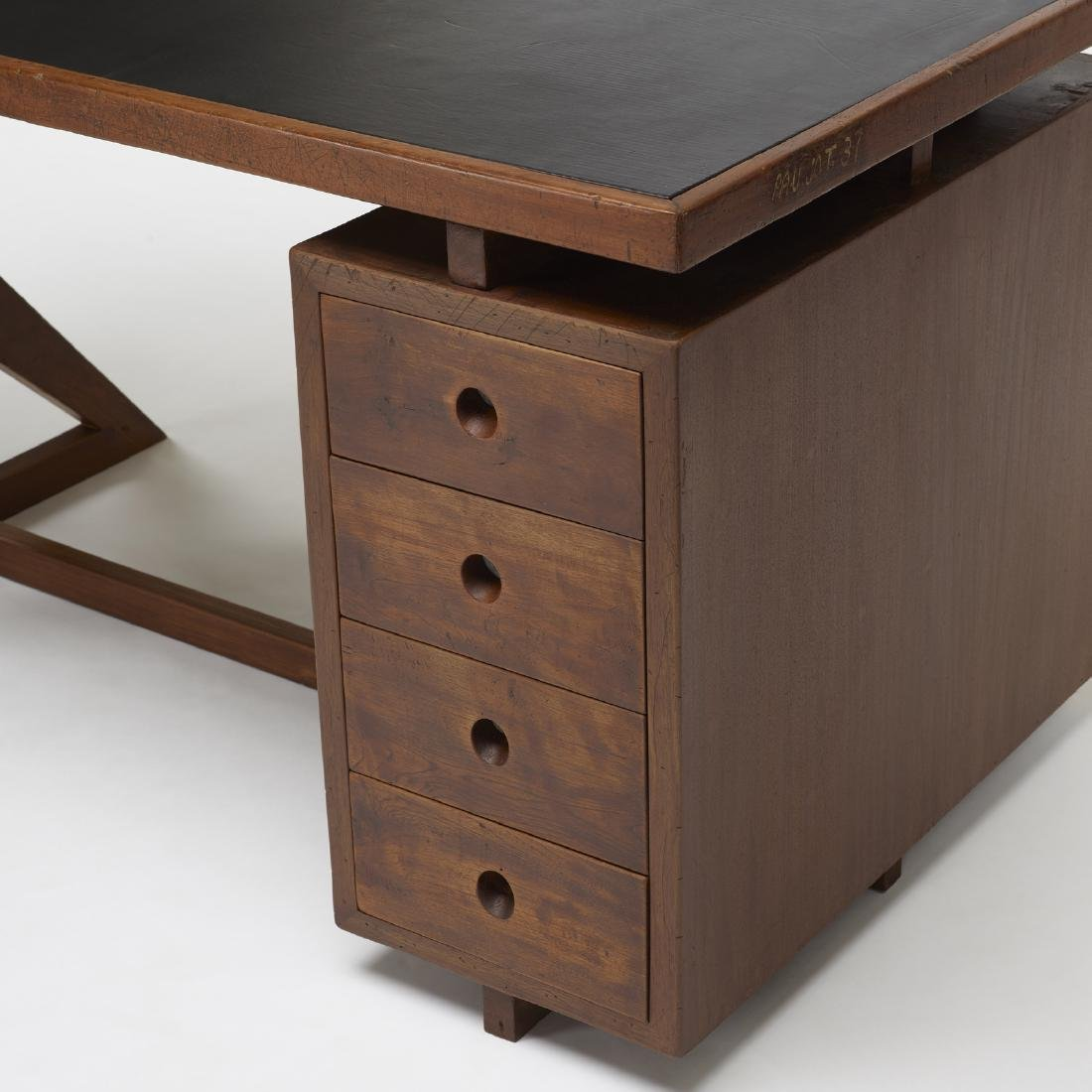 Pierre Jeanneret, desk and chair from Chandigarh - 4