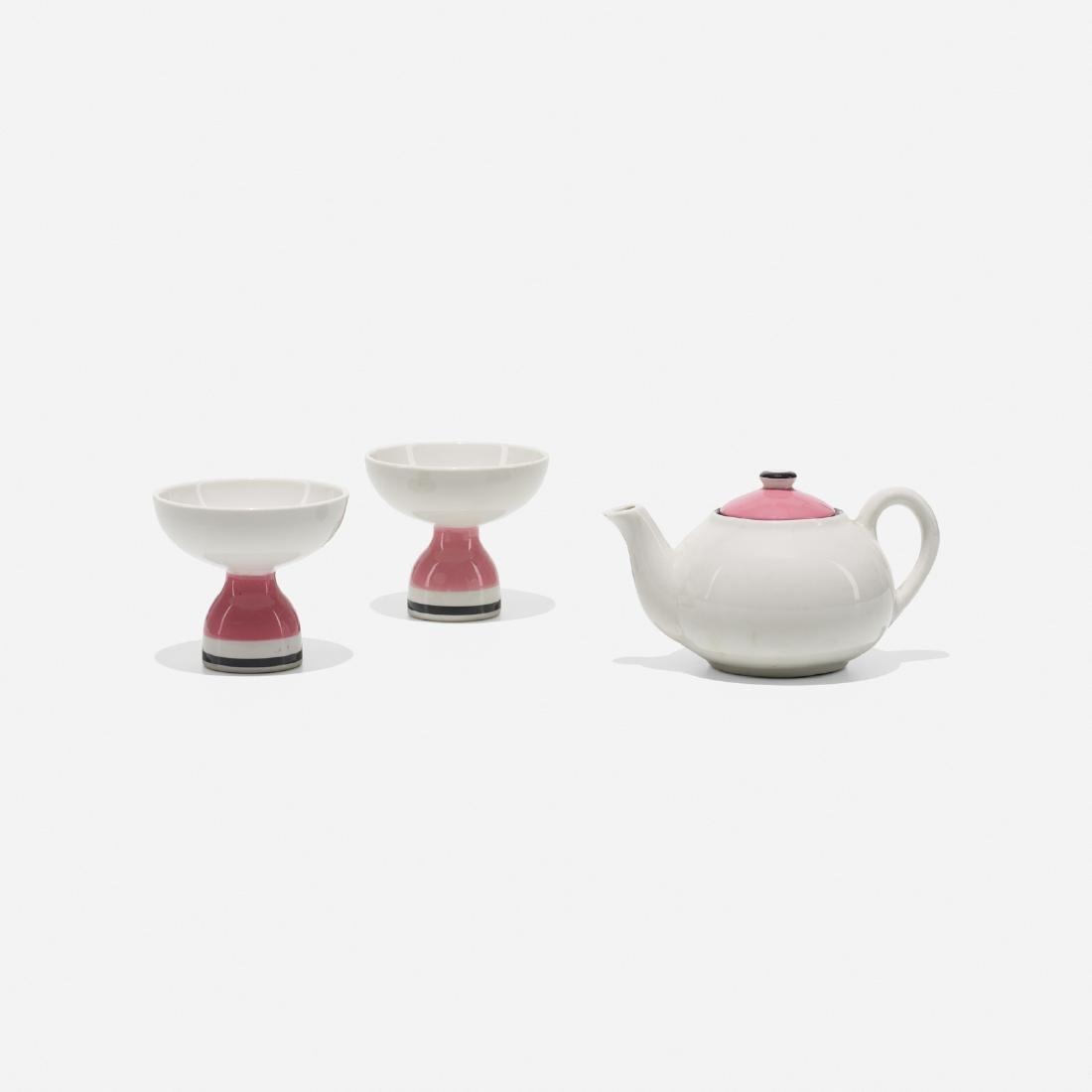Girard, teapot & two footed bowls, La Fonda del Sol