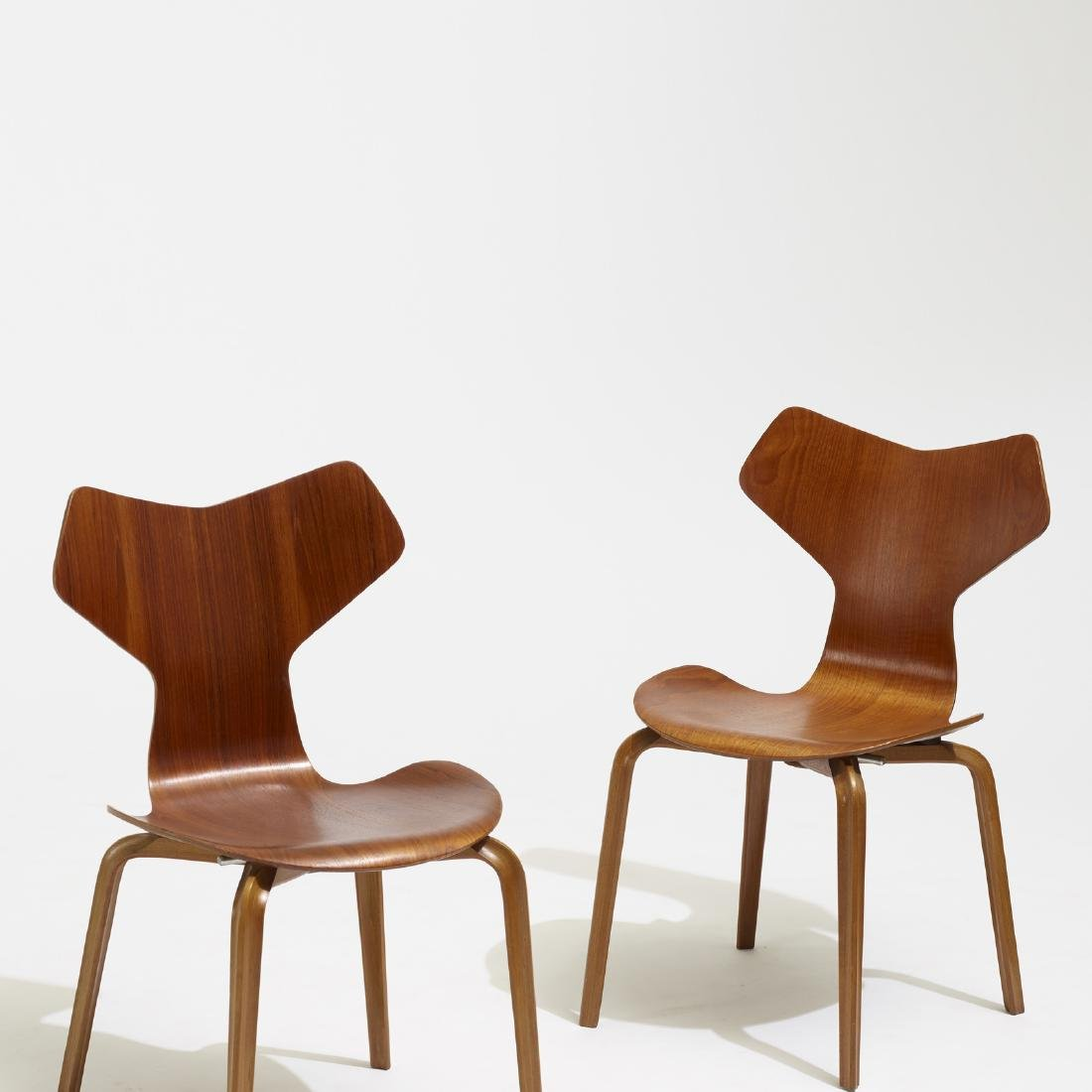 Arne Jacobsen, Grand Prix dining chairs, set of four - 3