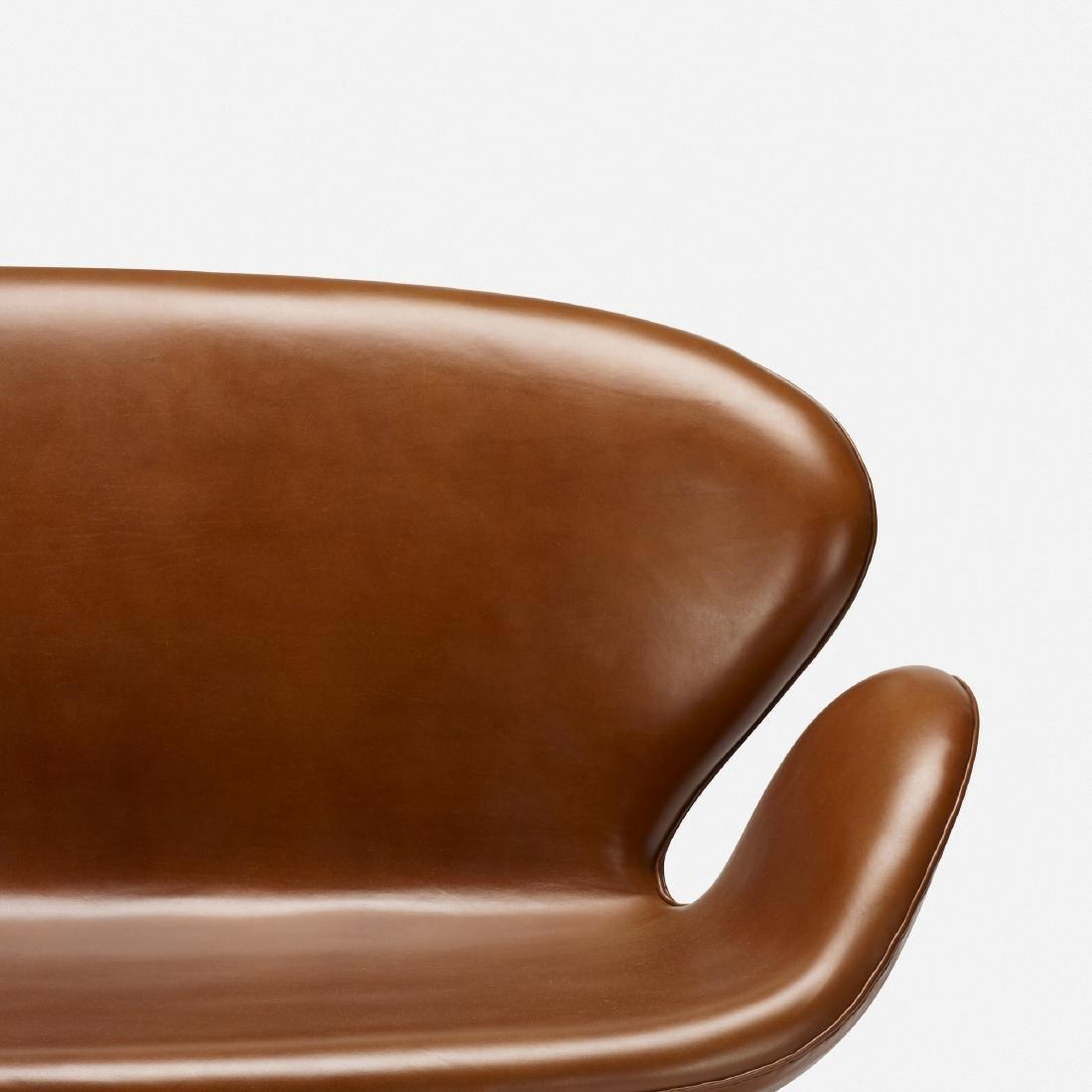 Arne Jacobsen, Swan settee, model 3321 - 3