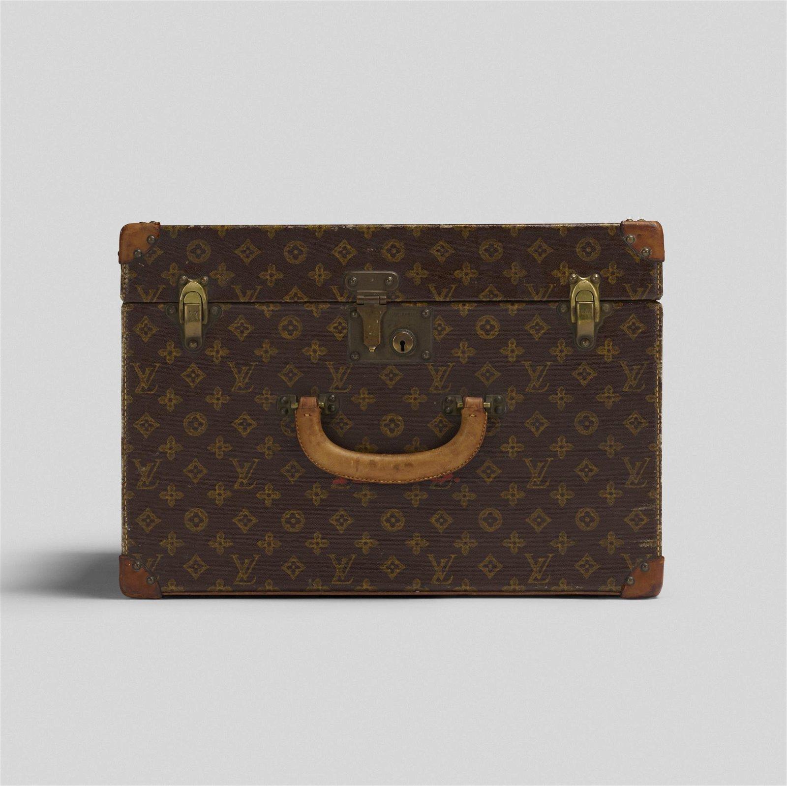 Louis Vuitton, trunk