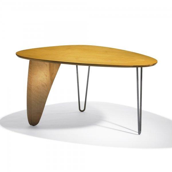 112: Isamu Noguchi Rudder dining table, model IN-20