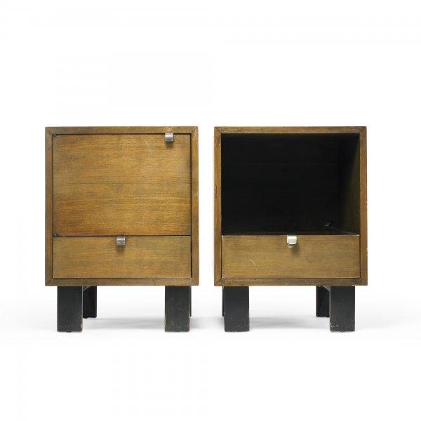 125: George Nelson & Associates pair of nightstands