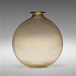 Vittorio Zecchin, Rare Soffiato vase, model 1928
