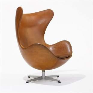 540: Arne Jacobsen Egg chair